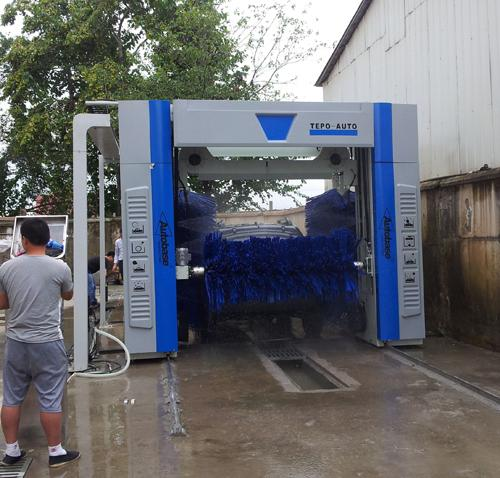 Tunnel fully automatic Car Wash Machine TP -901 , wash 600-800 cars