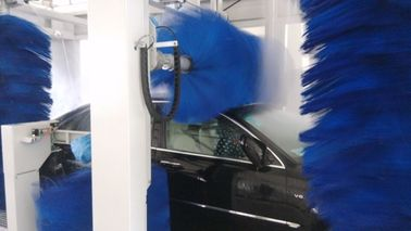 China Full Automatic CE Car Wash Tunnel Equipment With Low Energy Consumption supplier