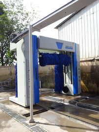 Roll Car Wash with blue brush which can wash 100 cars